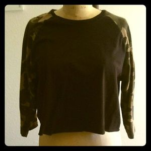 Cropped Camo Sleeved Raglan